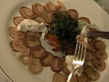 Matjescarpaccio mit Kartoffelküchle und Kräuter-Creme-fraiche - Rezept - Bild Nr. 9