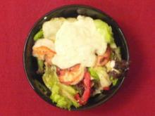 Gemischter Salat mit dem Besten aus dem Meer und frischem Joghurtdressing - Rezept - Bild Nr. 2