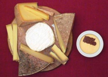 Schweizer Käse-Auswahl und Orangenlikörparfait - Rezept - Bild Nr. 2