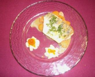 Gebratener Zander auf Koriander-Karottengemüse mit Parmesanpüree - Rezept - Bild Nr. 2