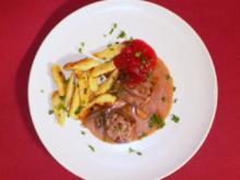 Rehmedaillons auf Cidre-Preiselbeer-Sahne mit Schupfnudeln - Rezept - Bild Nr. 2