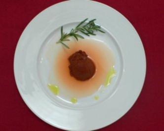 Schokoladenmousse mit Olivenöl und Rosmarin-Orangen-Soße - Rezept - Bild Nr. 2