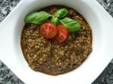 Tomaten-Kräuterpesto mit Sonnenblumenkernen und Balsamico - Rezept