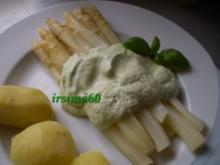 Spargel mit Basilikumschaum - Rezept