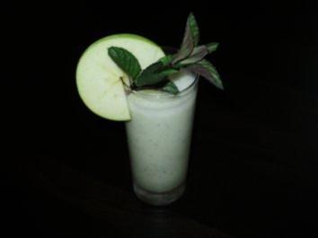 Apfel - Minze - Drink - Rezept