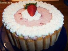 Erdbeer-Charlotte - Rezept