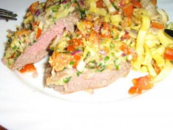 Lamm-Medaillions unter Tomaten-Kräuter-Parmesan Kruste - Rezept