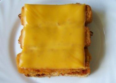Zwischensnack: Scharfes überbackenes Fischstäbchen-Toast - Rezept