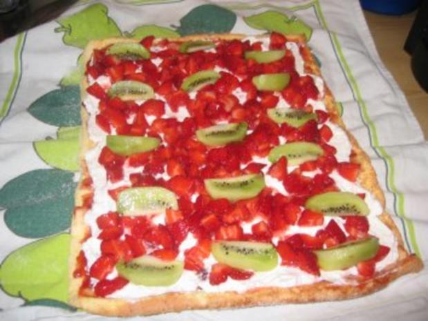 Backwaren: Erdbeer- Kiwi- Rolle - Rezept - Bild Nr. 6