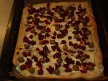 Pizza formaggio caprino - Rezept