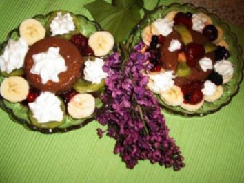 Schoko-Cilli -Pudding mit Früchten - Rezept
