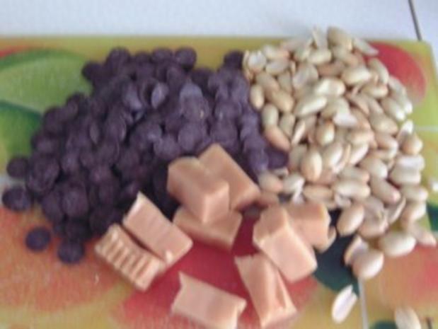 Erdnuss-Karamel-Schoko-Muffins - Rezept - Bild Nr. 2
