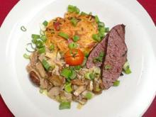Straußenfilet mit Pilzragout in Weißweinsoße an Spaghettirösti - Rezept