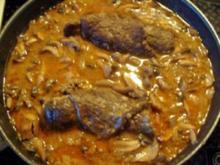 Kochen: Rind-Rouladen mit Champignonsauce - Rezept
