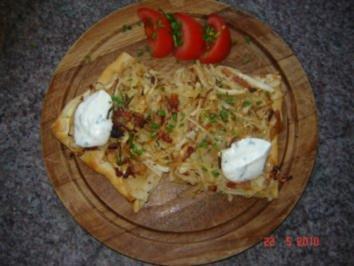 Pikante Kuchen : Kraut-Speck-Flammkuchen - Rezept