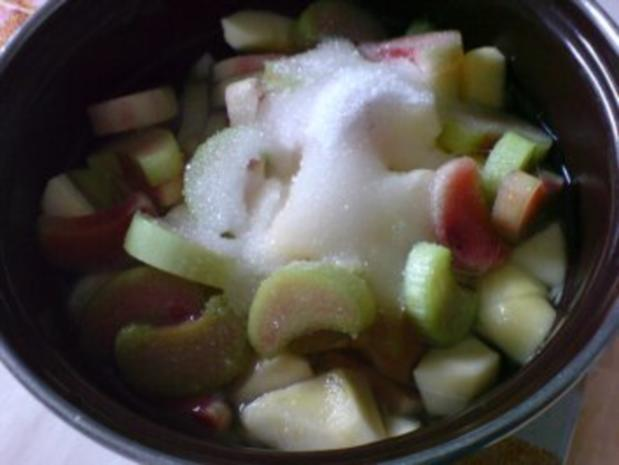 Apfel-Rhabarber-Kompott mit Vanillepudding - Rezept - Bild Nr. 8