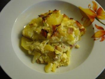 Kartoffelauflauf mit Fetacreme und Schinken - Rezept