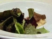 Geflügelleber an Eichblattsalat - Rezept