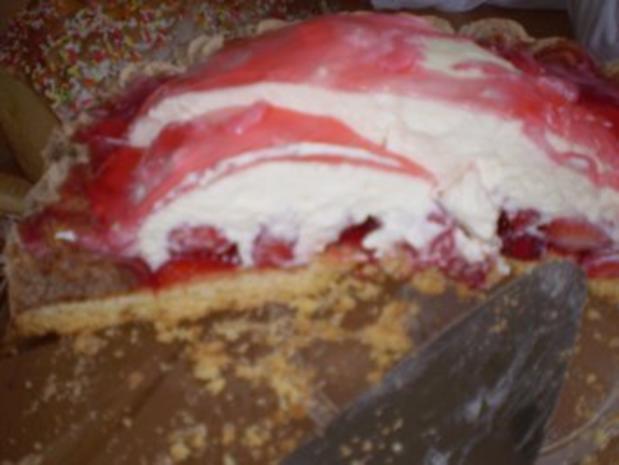 Erdbeer-Makronen-Torte - Rezept - Bild Nr. 4