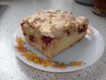 Apfel-Cranberrie-Kuchen mit Baiserhaube - Rezept