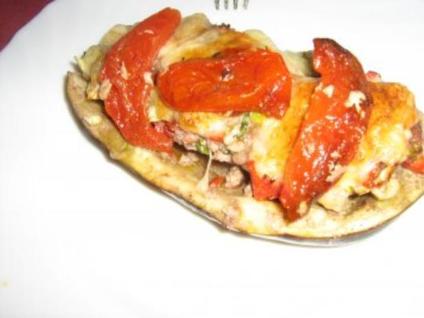 Aubergine gefüllt unter einer Mozzarellahaube - Rezept - Bild Nr. 8