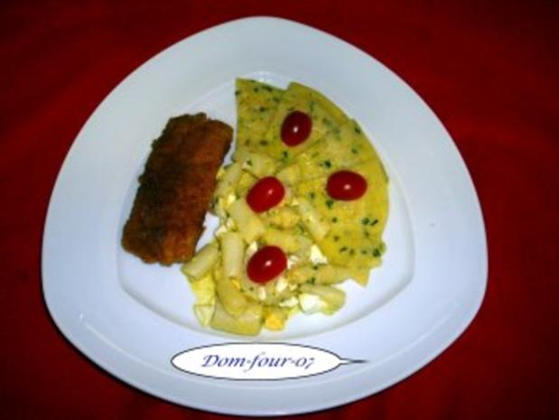 Seelachs Filet in Panade mit Haferflocken und etwas Paprika. an Spargelsalat - Rezept