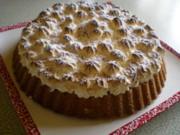 Amaretti Kuchen mit Heidelbeeren und Schneehäubchen - Rezept