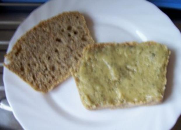 Brotaufstrich: Hanf-Honig-Butter - Rezept - Bild Nr. 2