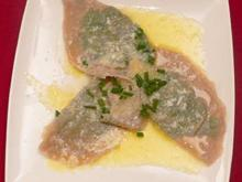 Schlutzkrapfen in zerlassener Butter und Parmesan - Rezept