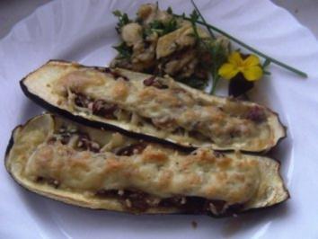 Zucchini mit Champignonfüllung - Rezept