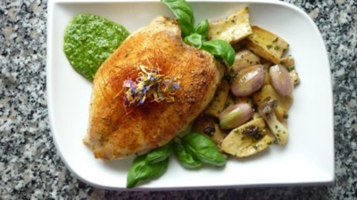 Hähnchenbrust mit Kräuterseitlingen und Schalotten an Babyspinat-Pesto - Rezept Durch Finchen2010
