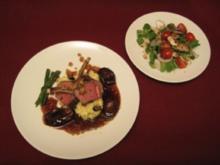 Lammkarree auf getrüffeltem Kartoffelpüree mit Rotwein-Schalotten, Bohnen und Salat - Rezept