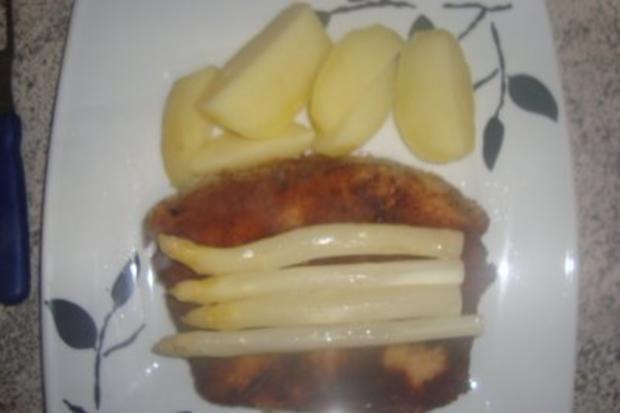 Fleischgerichte: Leberkäse Wiener Art mit Salzkartoffeln und Spargel mit Buttersoße - Rezept - Bild Nr. 2