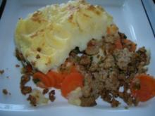 Hackfleisch mit Karotten unter der Kartoffelhaube - Rezept