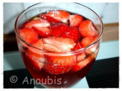 Kaltgetränk - Erdbeerbowle - Rezept