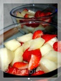 Dessert - Marinierte Erdbeeren mit Melone - Rezept