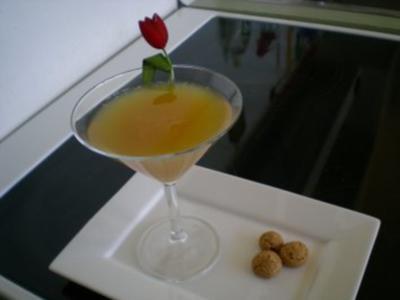 Drinks & Cocktails: Prosecco flirtet mit Amaretto - Rezept