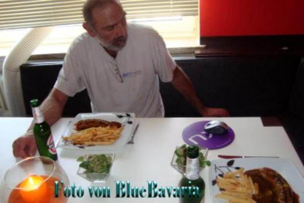 Wurstküche: Brigittes Currywurst 1 - Rezept - Bild Nr. 2