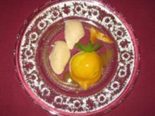 Gebackener Pfirsich mit Schokoladen-Tonkabohnen-Mousse - Rezept