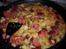 Bratkartoffeln mit türkischer Knoblauchwurst - SUCUK- und Ei - Rezept
