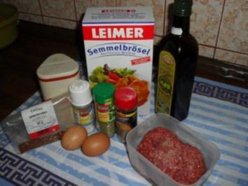 Kebab-Spieß aus Rinderhack mit Tzaziki mit Minze siehe KB - Rezept