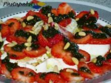 Erdbeercarpaccio mit Minzpesto - Rezept