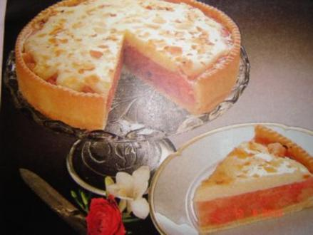 Kuchen + Torten : Saftiger Rhabarberkuchen - Rezept