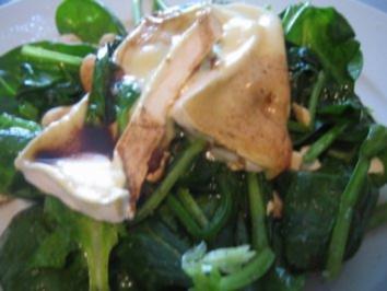 Rezept: Spinatsalat mit gebratenem Brie