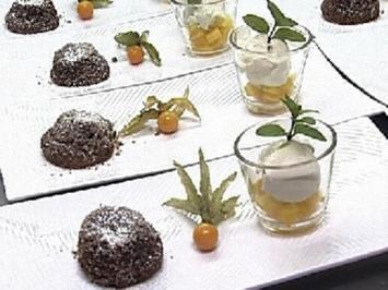 Warmer Schokoladenauflauf mit Tonkabohneneis - Rezept