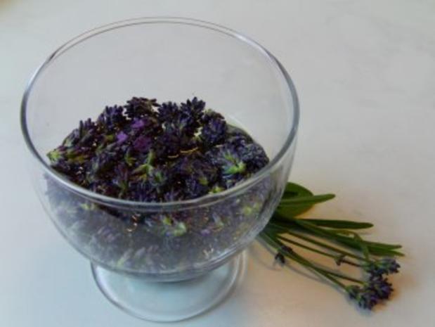 Lavendel-Balsamico-Reduktion - Rezept - Bild Nr. 2