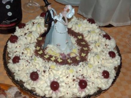 Schwarzwälderkirsch-Hochzeitstorte - Rezept