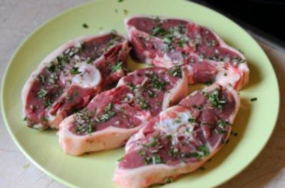 Rezept: Lammkoteletts mit Rosmarin