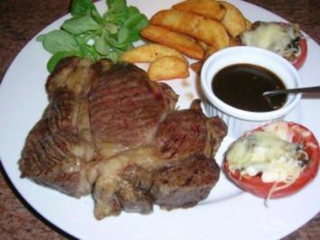 US-Beef Nackenkoteletts mit Western Potatoes und Bourbon Barbecue Sauce - Rezept