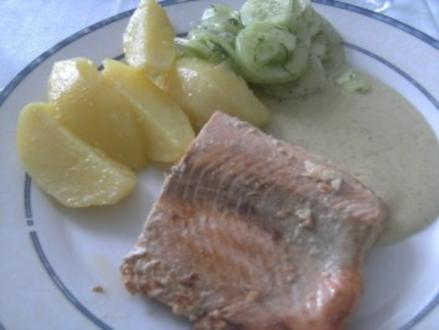 Lachs in Kräuter-Sahne Soße mit Rosmarin.Kartoffeln - Rezept